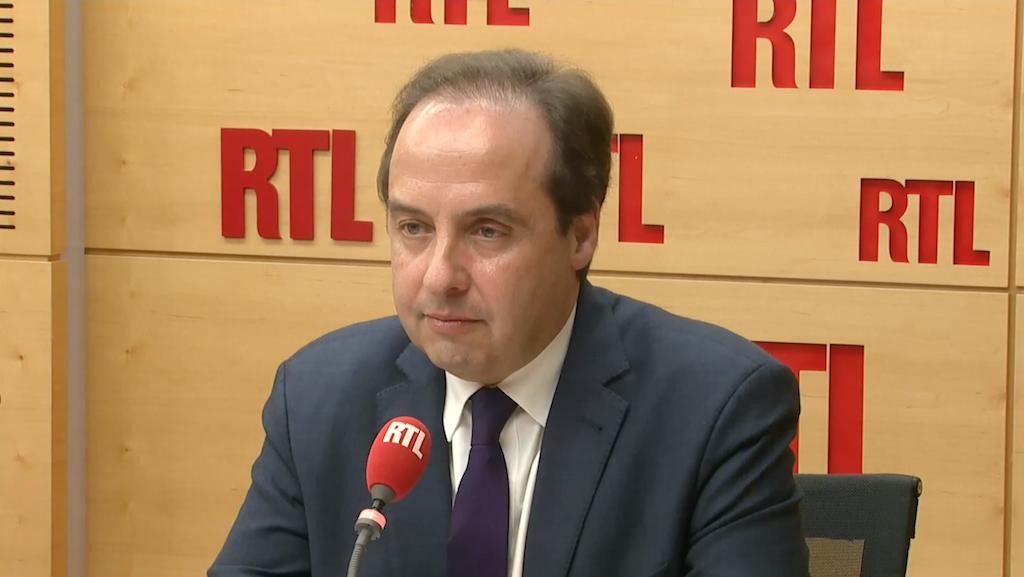 """""""La question identitaire est l'alpha et l'oméga de la politique de Laurent Wauquiez."""""""