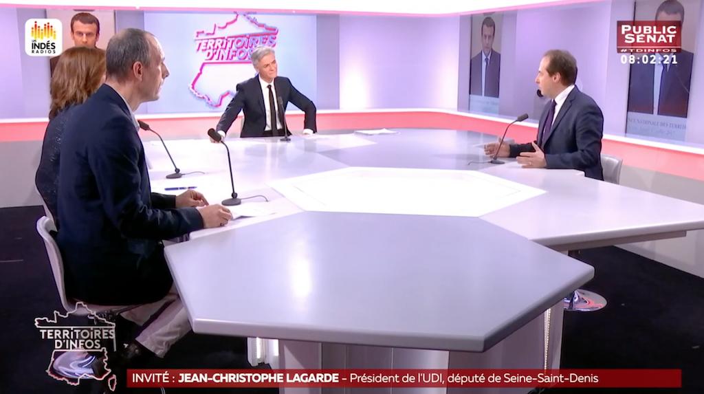 """""""Sur l'immigration, la logique de Gérard Collomb est de bon sens, je suis prêt à le soutenir."""""""