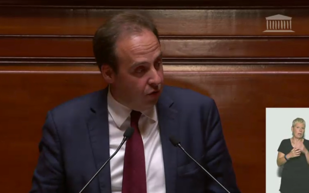 La France des banlieues et de la ruralité veut qu'on lui garantisse l'égalité des chances.